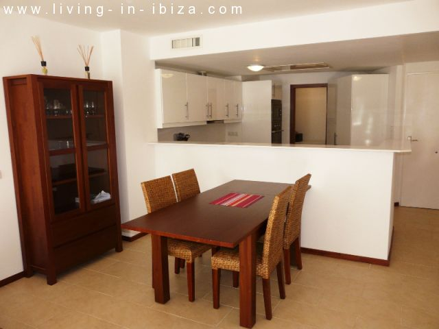 CAN LE JARDIN: Furnished new apartment with community pool
